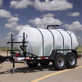 front of 1,000 gallon water tank trailer